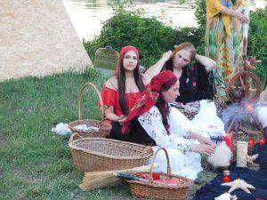vrajitoarea Elena Minodora in ritual la balta